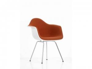 Eames Plastic Armchair EPA DAX w całości tapicerowane
