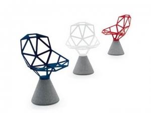 Chair One na betonowej bazie