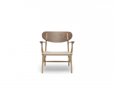Fotel CH22 Lounge Chair - Carl Hansen & Son