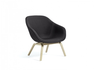 About a Lounge Chair AAL 83 - fotel